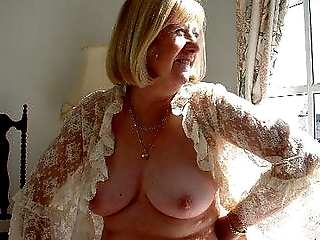 Big slut mature australian 53 years